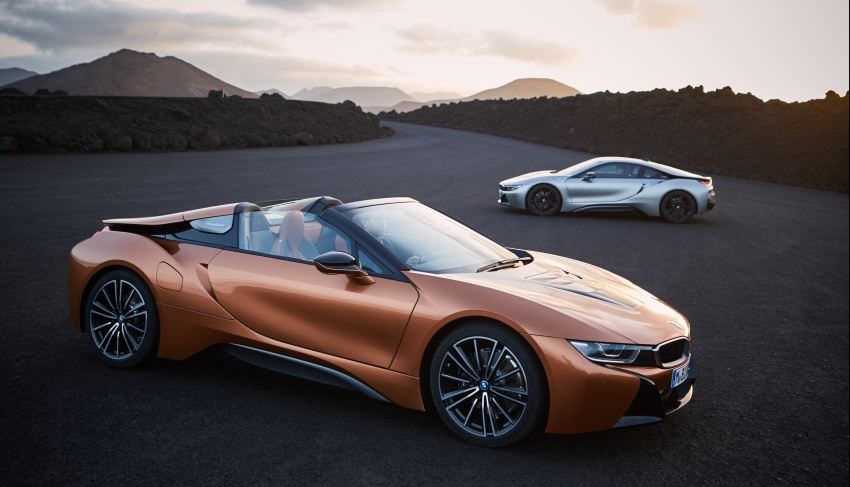 BMW i8 Roadster unveiled – only 60 kg heavier; i8 Coupe also gets new battery, 50% better EV range Image #745782