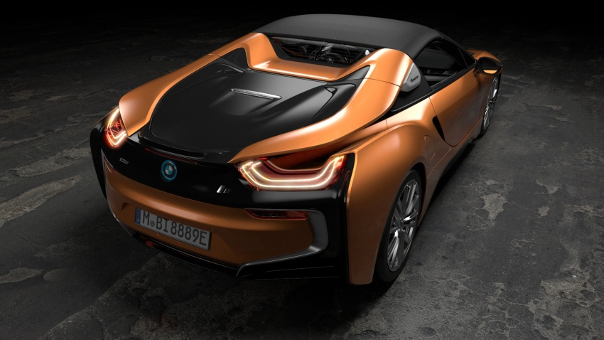 BMW i8 Roadster unveiled – only 60 kg heavier; i8 Coupe also gets new battery, 50% better EV range Image #745884