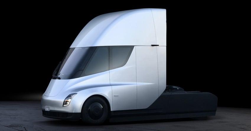 Tesla Semi – futuristic truck with Enhanced Autopilot; 0-97 km/h sprint in 20 seconds with 36-tonne load Image #740157