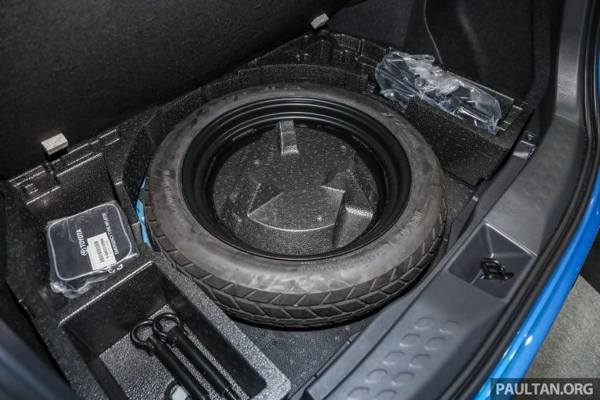 Toyota C-HR spesifikasi Malaysia dipertonton – enjin 1.8 liter NA 141 PS, sedikit perubahan pada ciri-ciri Image #735242