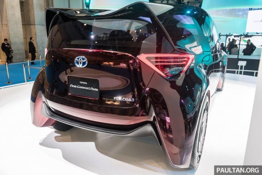 Tokyo 2017: Toyota Fine-Comfort Ride showcases new hydrogen technology – six seats, 1,000 km range Image #732082