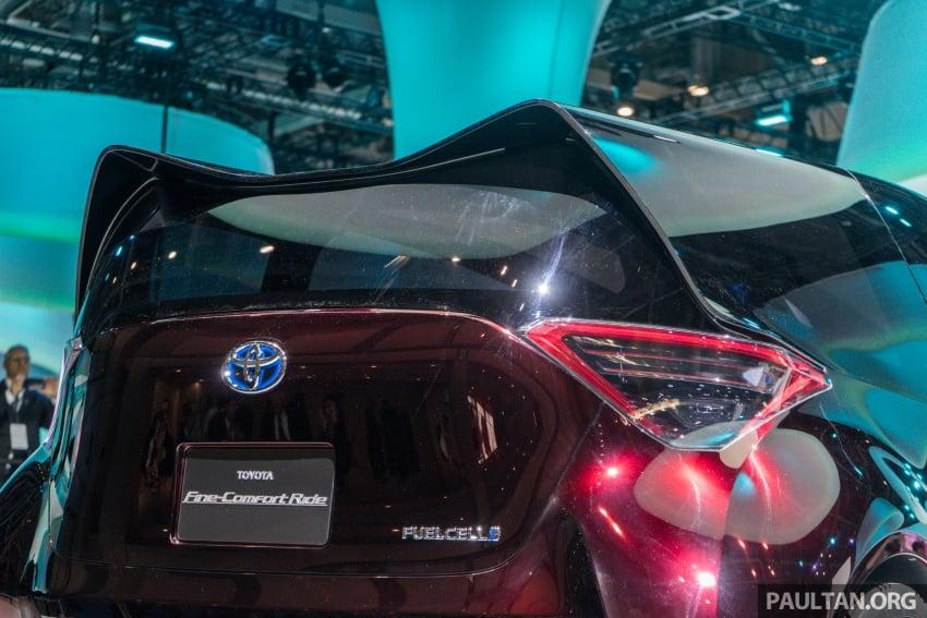 Tokyo 2017: Toyota Fine-Comfort Ride showcases new hydrogen technology – six seats, 1,000 km range Image #732083