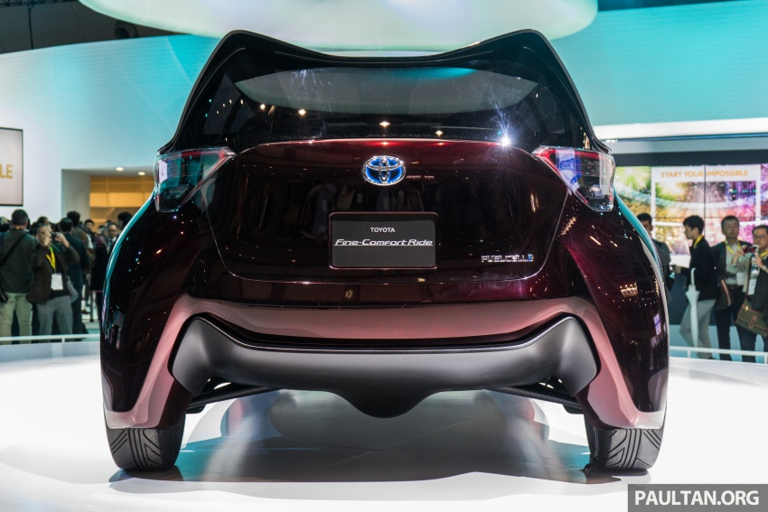 Tokyo 2017: Toyota Fine-Comfort Ride showcases new hydrogen technology – six seats, 1,000 km range Image #732073