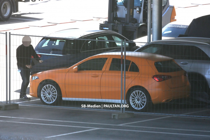 SPIED: 2018 Mercedes-Benz A-Class undisguised! Image #732019