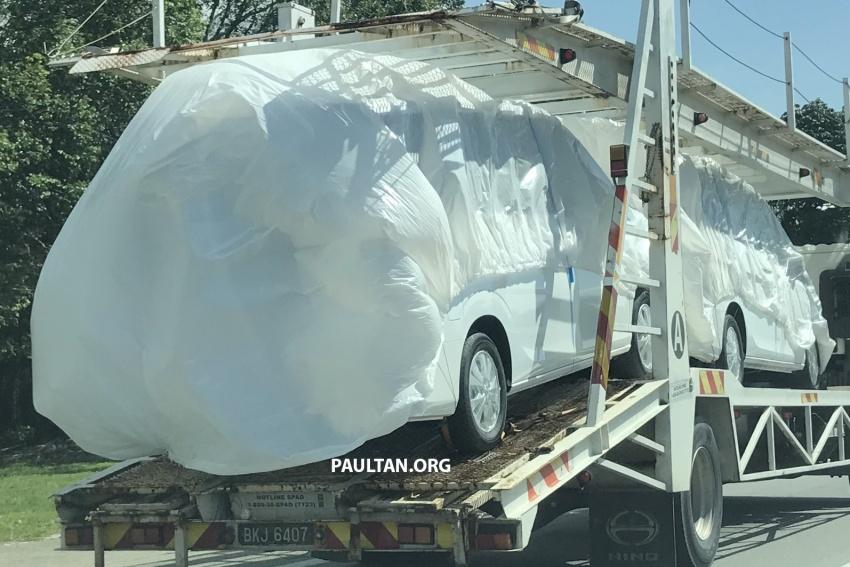 SPYSHOTS: 2018 Nissan Serena spotted on a trailer Image #747355