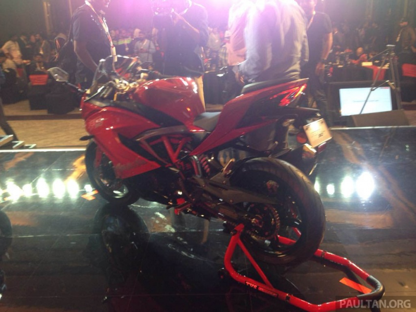 2018 TVS Apache RR 310 launched in India – based on BMW Motorrad G 310 R, 34 hp, full-fairing, RM12,939 Image #747855