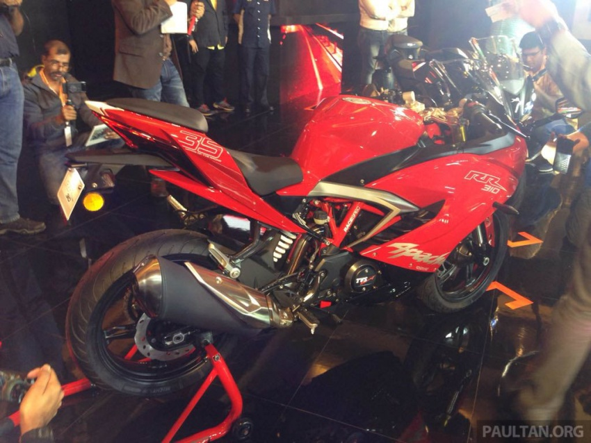 2018 TVS Apache RR 310 launched in India – based on BMW Motorrad G 310 R, 34 hp, full-fairing, RM12,939 Image #747848