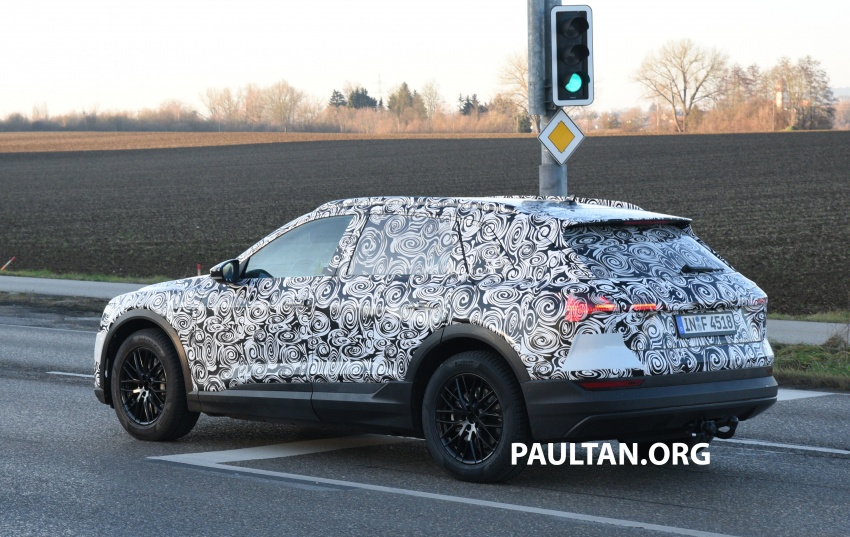 SPIED: Audi e-tron quattro edges closer to production Image #751857