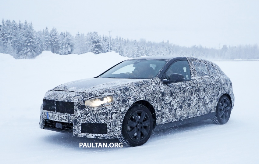 SPYSHOTS: BMW 1 Series goes testing out in the cold Image #754913
