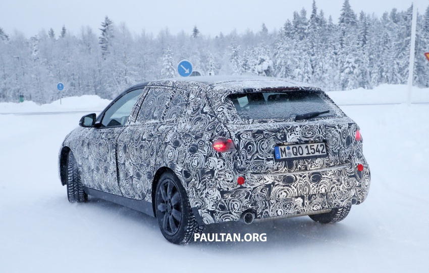 SPYSHOTS: BMW 1 Series goes testing out in the cold Image #754916