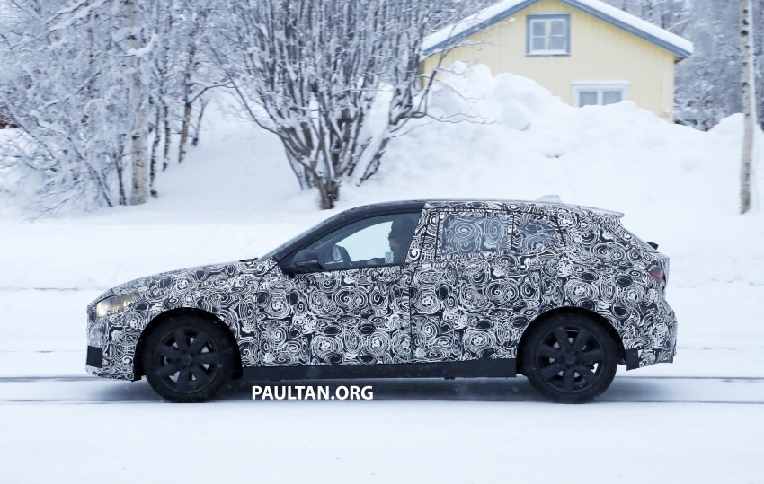 SPYSHOTS: BMW 1 Series goes testing out in the cold Image #754904