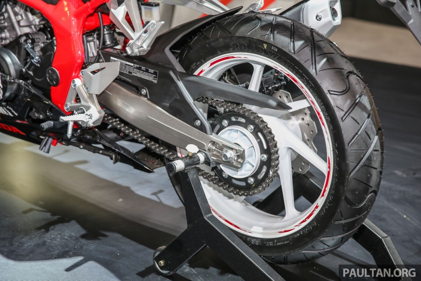 Why is the 2018 Honda CBR250RR not in Malaysia yet? Image #751565