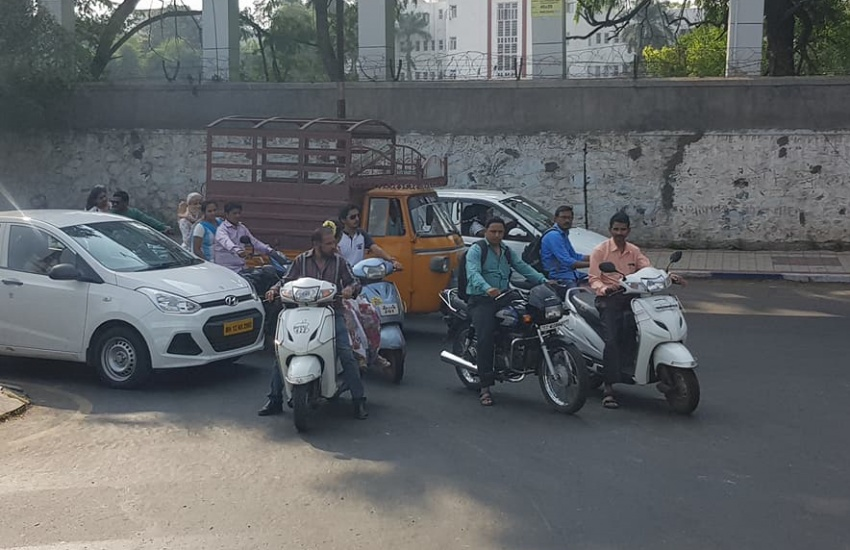"""Google Maps introduces """"motorcycle mode"""" in India Image #748772"""