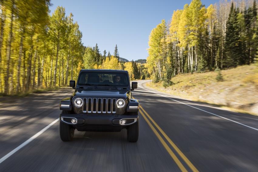 2018 Jeep Wrangler gains new hybrid turbo engine Image #748163
