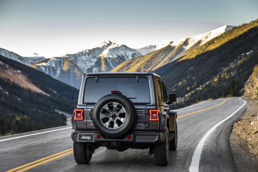 2018 Jeep Wrangler gains new hybrid turbo engine Image #748172