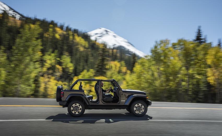 2018 Jeep Wrangler gains new hybrid turbo engine Image #748182