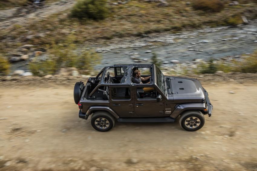 2018 Jeep Wrangler gains new hybrid turbo engine Image #748218