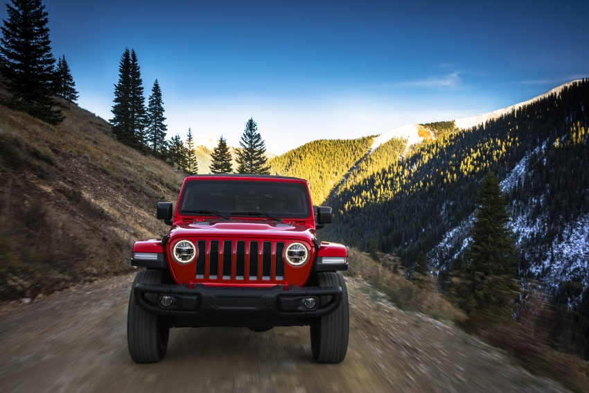 2018 Jeep Wrangler gains new hybrid turbo engine Image #748247