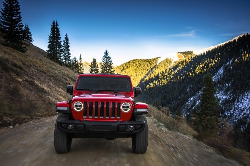 2018 Jeep Wrangler gains new hybrid turbo engine Image #748247