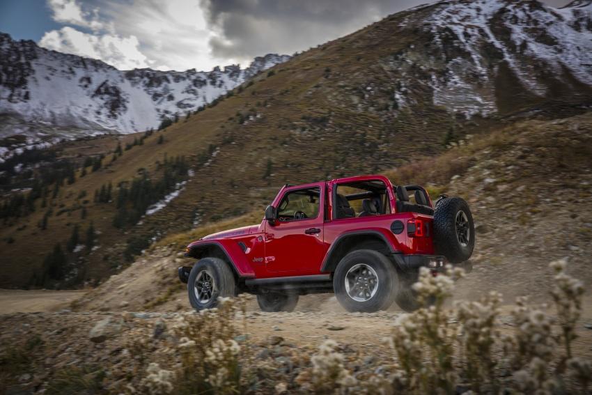 2018 Jeep Wrangler gains new hybrid turbo engine Image #748257