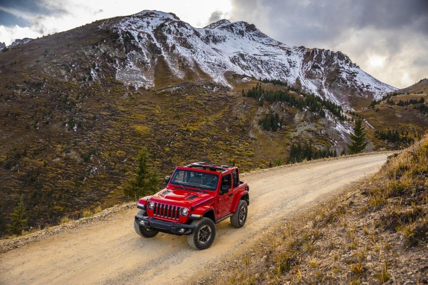2018 Jeep Wrangler gains new hybrid turbo engine Image #748258