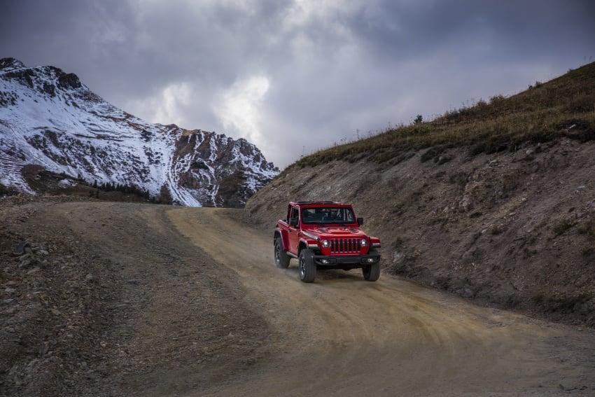 2018 Jeep Wrangler gains new hybrid turbo engine Image #748261