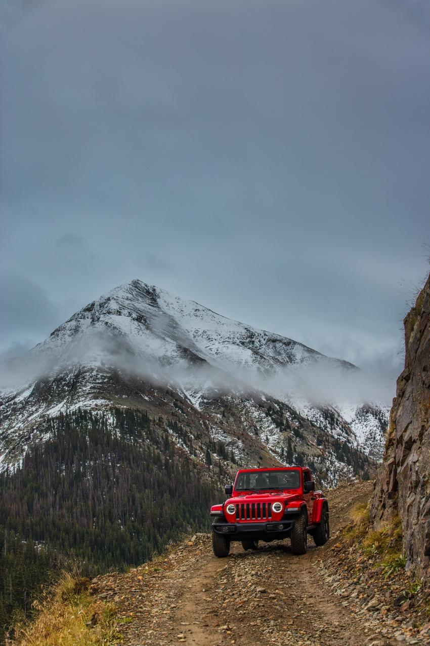 2018 Jeep Wrangler gains new hybrid turbo engine Image #748285