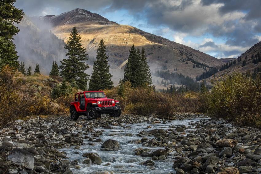 2018 Jeep Wrangler gains new hybrid turbo engine Image #748291