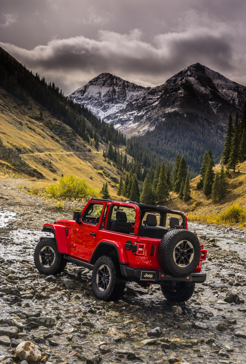 2018 Jeep Wrangler gains new hybrid turbo engine Image #748297