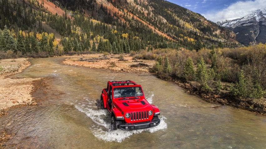 2018 Jeep Wrangler gains new hybrid turbo engine Image #748318