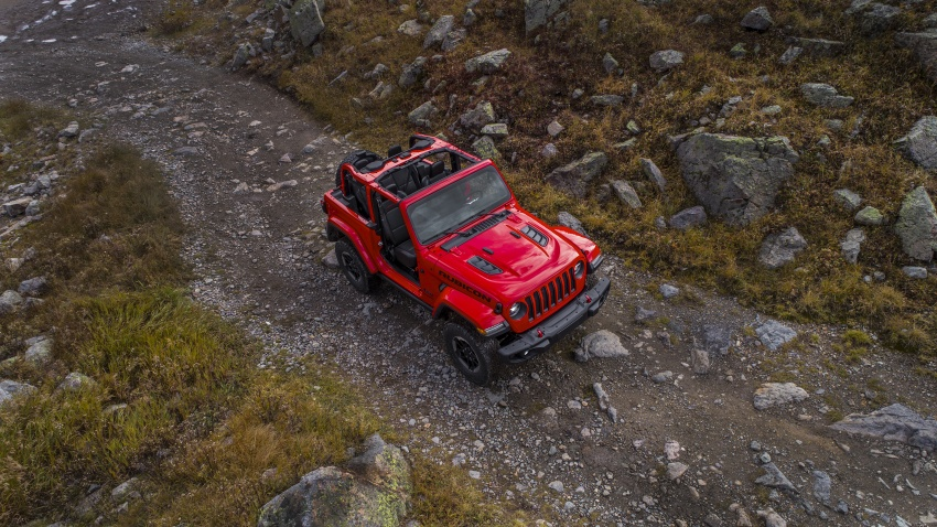 2018 Jeep Wrangler gains new hybrid turbo engine Image #748337