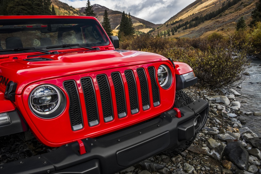 2018 Jeep Wrangler gains new hybrid turbo engine Image #748341