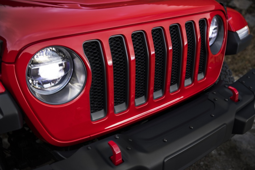 2018 Jeep Wrangler gains new hybrid turbo engine Image #748342