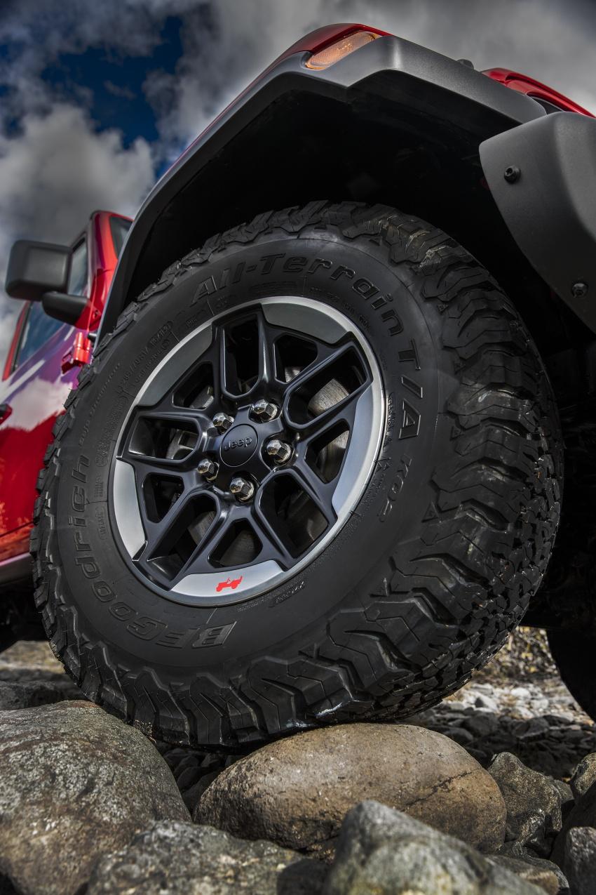 2018 Jeep Wrangler gains new hybrid turbo engine Image #748345