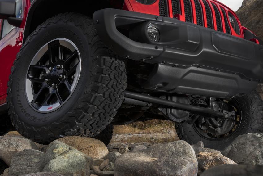 2018 Jeep Wrangler gains new hybrid turbo engine Image #748346