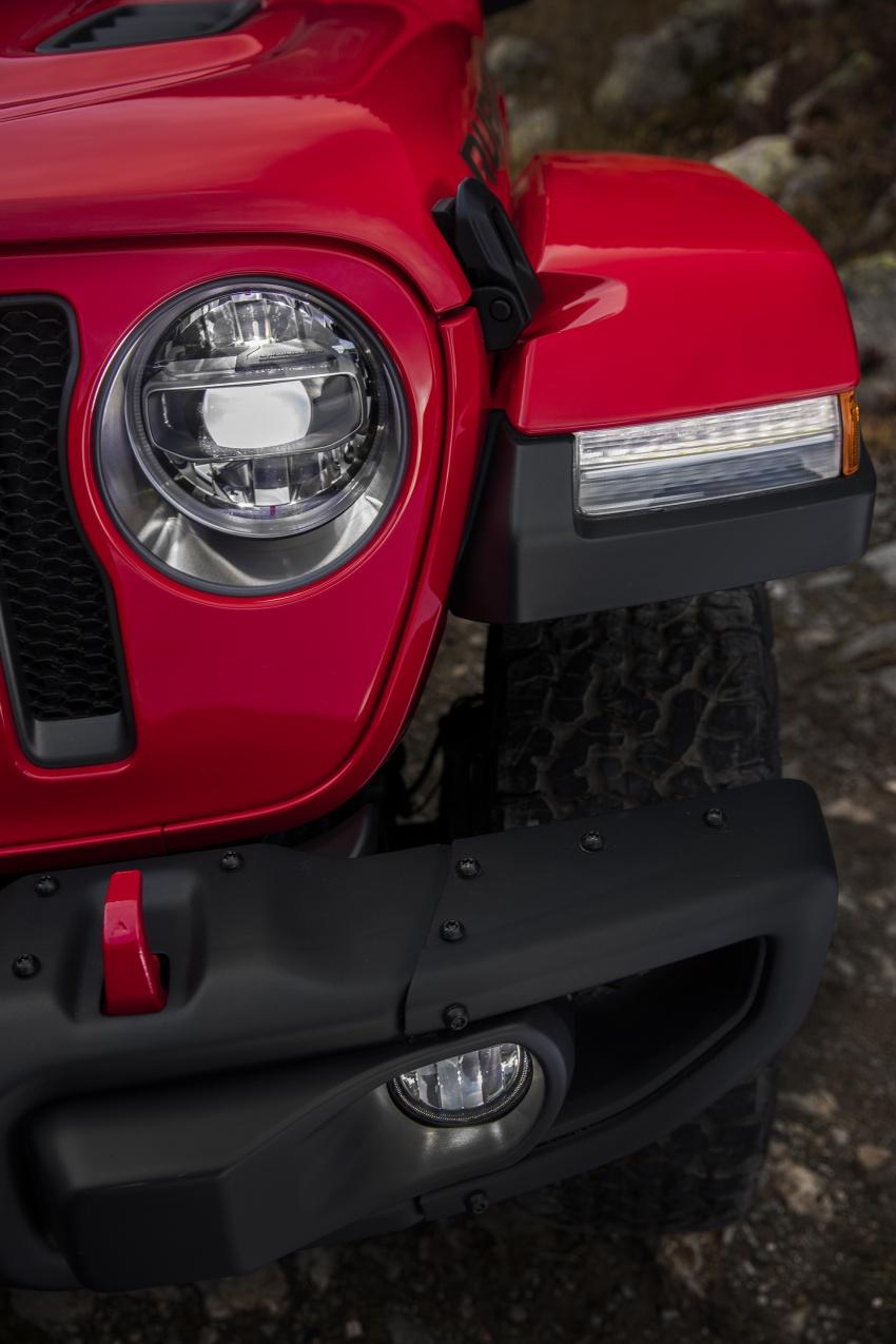 2018 Jeep Wrangler gains new hybrid turbo engine Image #748348