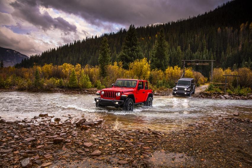 2018 Jeep Wrangler gains new hybrid turbo engine Image #748356