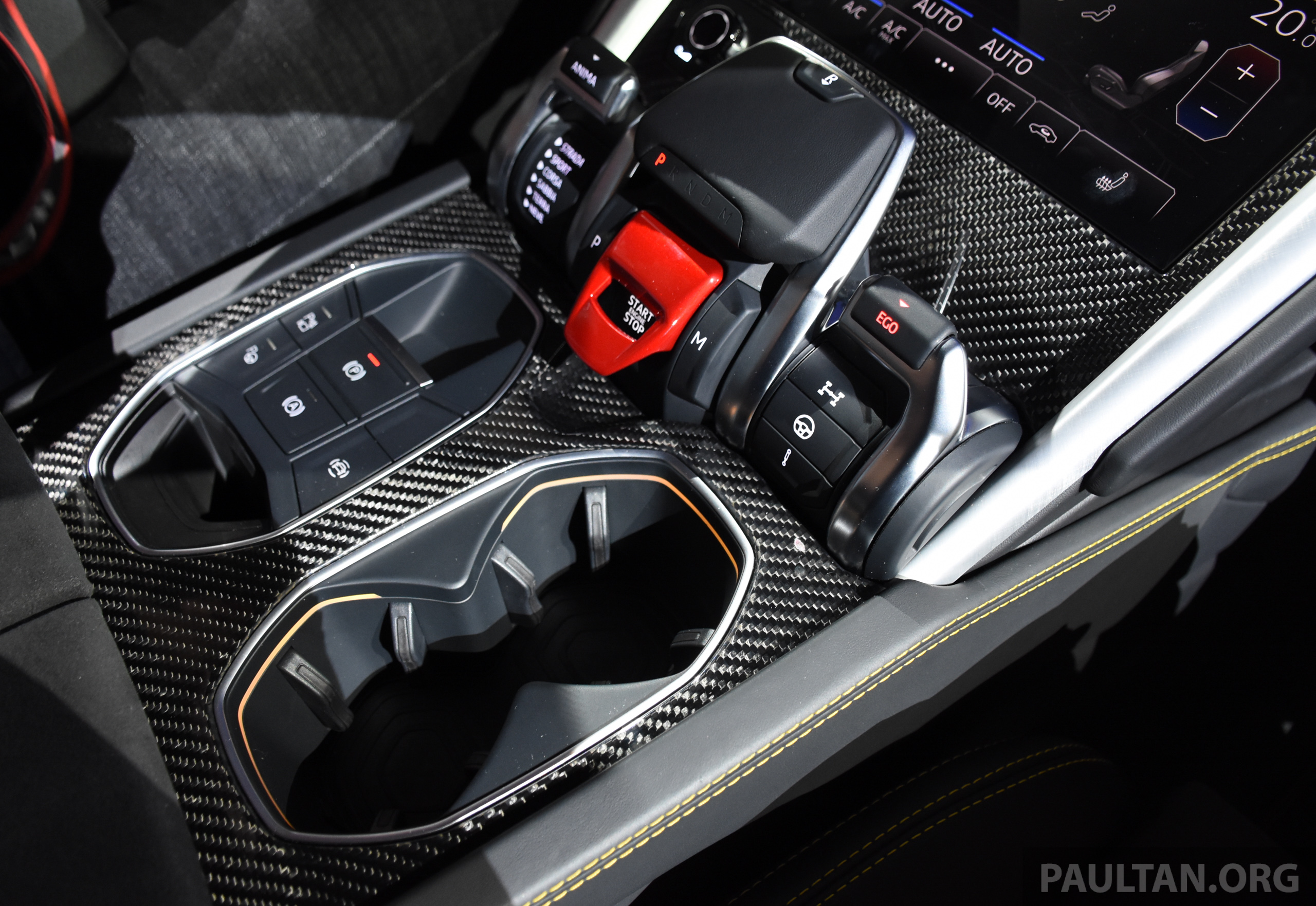 Lamborghini Urus Sant Agata S 650 Ps 850 Nm Suv Makes Its