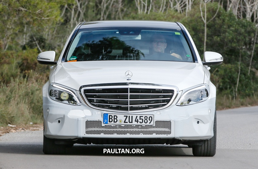SPIED: Mercedes-Benz C-Class facelift loses camo Image #748533