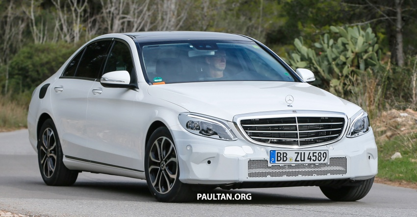SPIED: Mercedes-Benz C-Class facelift loses camo Image #748536