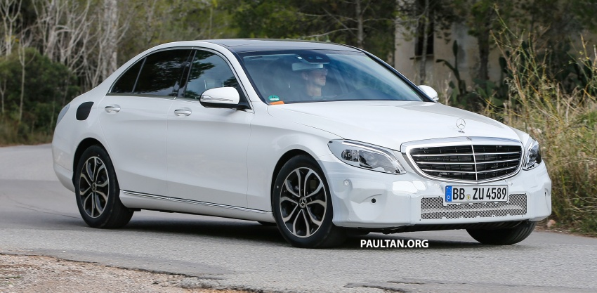 SPIED: Mercedes-Benz C-Class facelift loses camo Image #748537