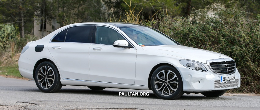 SPIED: Mercedes-Benz C-Class facelift loses camo Image #748538