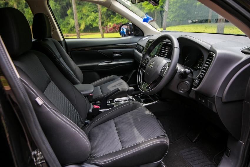 PANDU UJI: Mitsubishi Outlander 2.0L 4WD CKD – harga, kelengkapan jadi kelebihan; itu sudah cukup? Image #748115