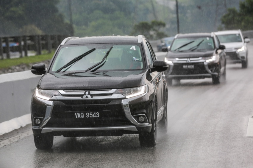PANDU UJI: Mitsubishi Outlander 2.0L 4WD CKD – harga, kelengkapan jadi kelebihan; itu sudah cukup? Image #748087