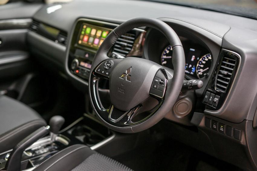PANDU UJI: Mitsubishi Outlander 2.0L 4WD CKD – harga, kelengkapan jadi kelebihan; itu sudah cukup? Image #748091
