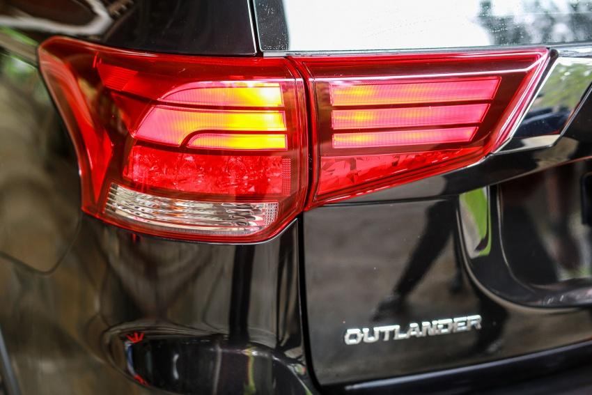 PANDU UJI: Mitsubishi Outlander 2.0L 4WD CKD – harga, kelengkapan jadi kelebihan; itu sudah cukup? Image #748111
