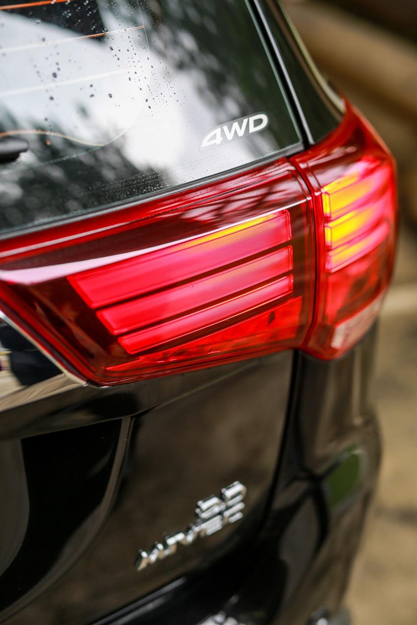 PANDU UJI: Mitsubishi Outlander 2.0L 4WD CKD – harga, kelengkapan jadi kelebihan; itu sudah cukup? Image #748112