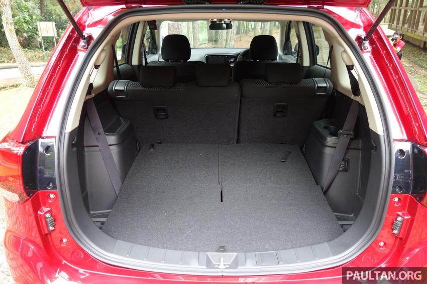PANDU UJI: Mitsubishi Outlander 2.0L 4WD CKD – harga, kelengkapan jadi kelebihan; itu sudah cukup? Image #748029