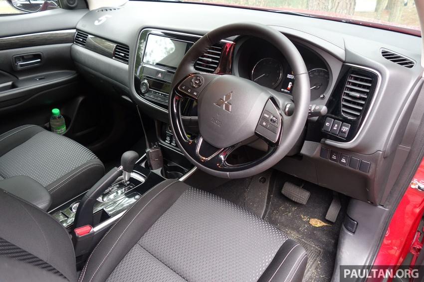 PANDU UJI: Mitsubishi Outlander 2.0L 4WD CKD – harga, kelengkapan jadi kelebihan; itu sudah cukup? Image #748032