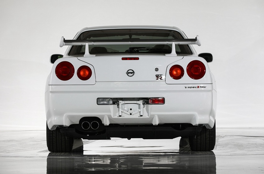 Nissan R34 V-Spec II Nür on auction – 10 km mileage Image #752070